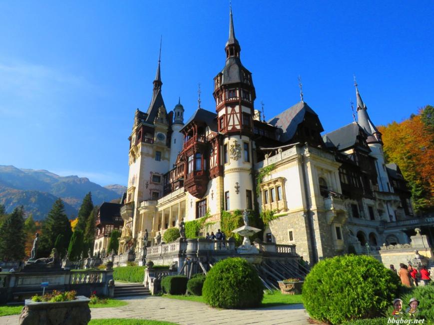 Peles-Castle.-Romania-1
